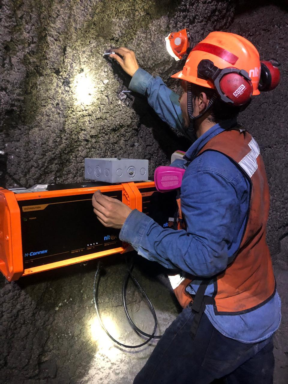 The Top 5 Reasons Mines Put Tracking & Proximity Tags in Cap Lamps